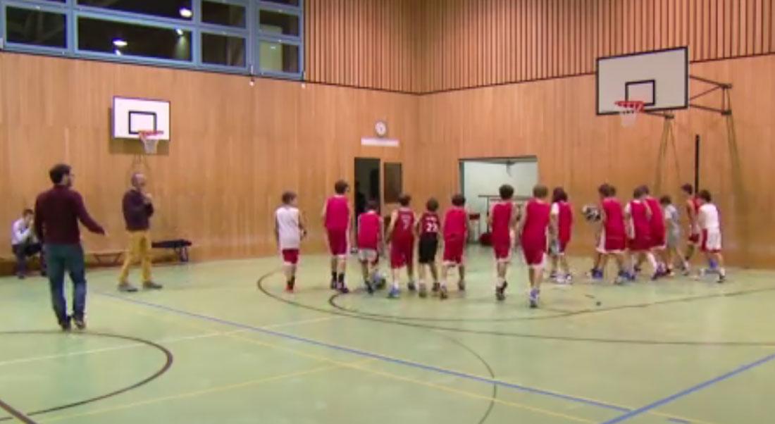 Assistenza del gruppo durante l'attività sportiva